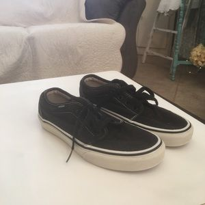 Vans boy or girl shoes.  Woman size 7